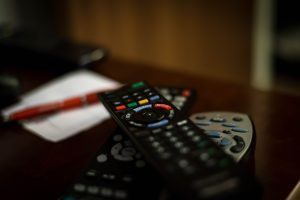 comparativa mandos a distancia universales precios